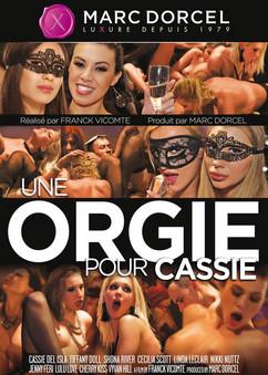 Une orgie pour Cassie