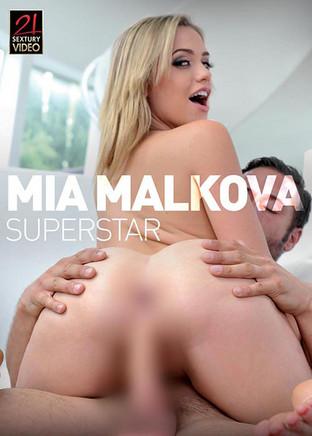 Mia Malkova superstar
