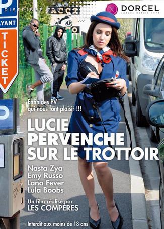 Lucie, Pervenche sur le trottoir