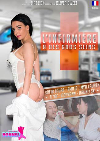 L'infirmière a de gros seins