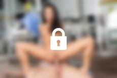 Foto Nr. 3, Szene Nr. 1 - Sexbots: Programmed For Pleasure