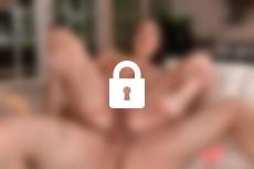 Photo n°2, scène n°1 du film 9 filles aux gros seins