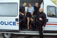 Oksana, flic en uniforme