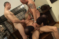 3 dicks to climax : Triple Penetration