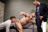 Gentlemen 12 : Barebacking in the Boardroom