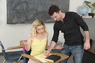 Professeurs pervers et étudiantes salaces