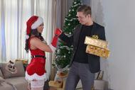 Here cumz Santa