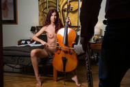 Pénélope, la violoncelliste