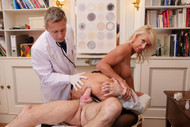 Picture #4 from scene #1 - My mother's gynecologist