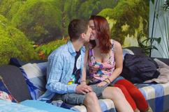 Jeunes couples amateurs