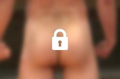 Naked Kombat : Leon Fox vs. Chris Bines