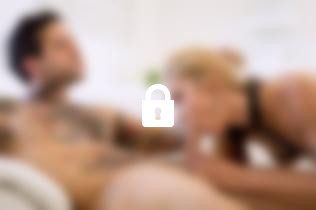 Photo n°1, scène n°1 du film Blondes et punitions