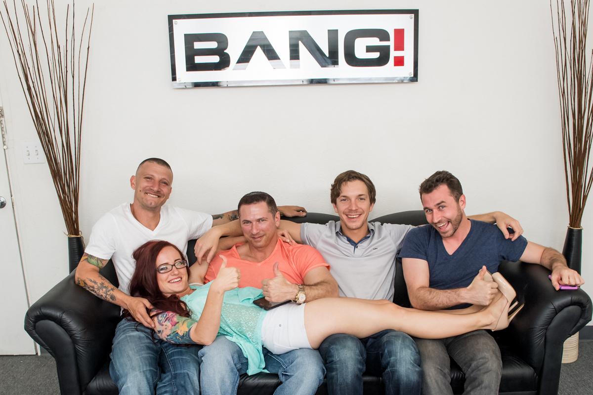 Erfahrungen gang bang Gingers Gangbang