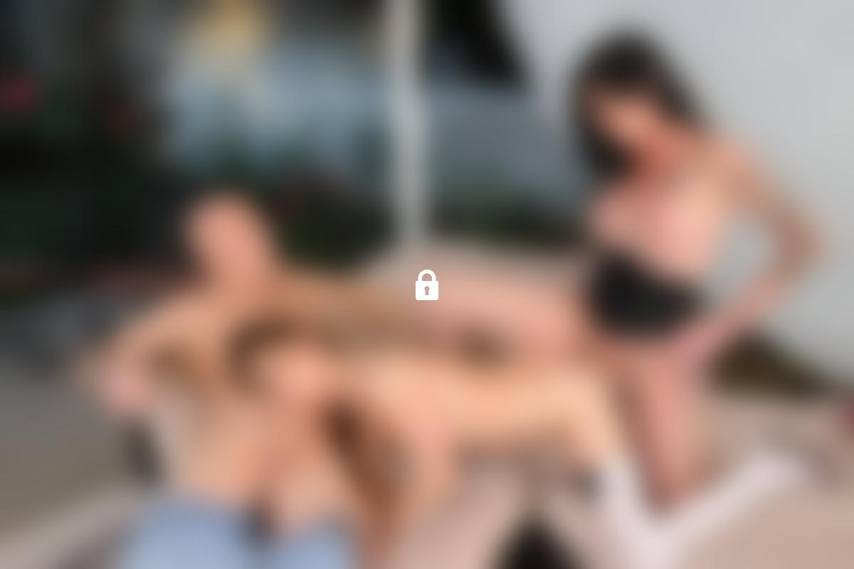 chaud nudiste les adolescents