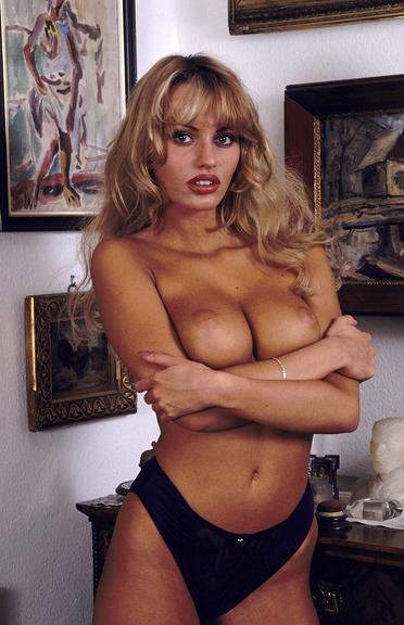 Anita Blonde Xxx 30