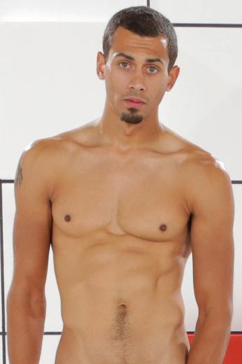 actor-rain-naked