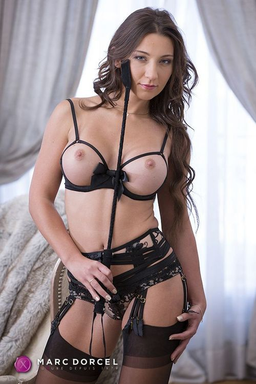 Julia skyhigh порно