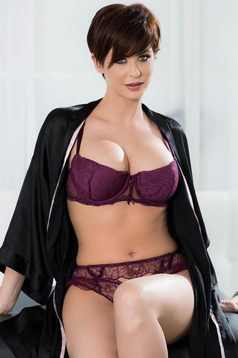 Emily Addison Porn Pictures