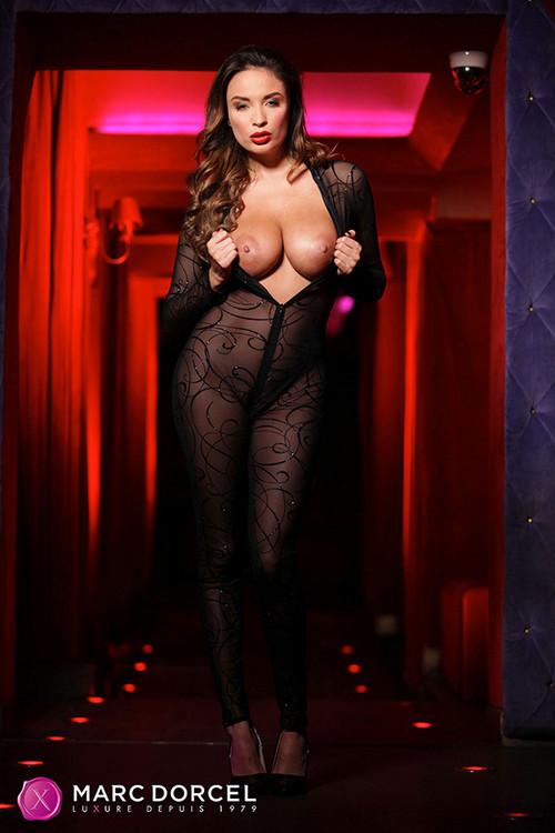 Anissa Kate dans Club Xtrem