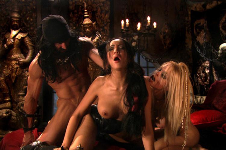 Фильмы о пиратах ххх онлайн, порно паровоз видео