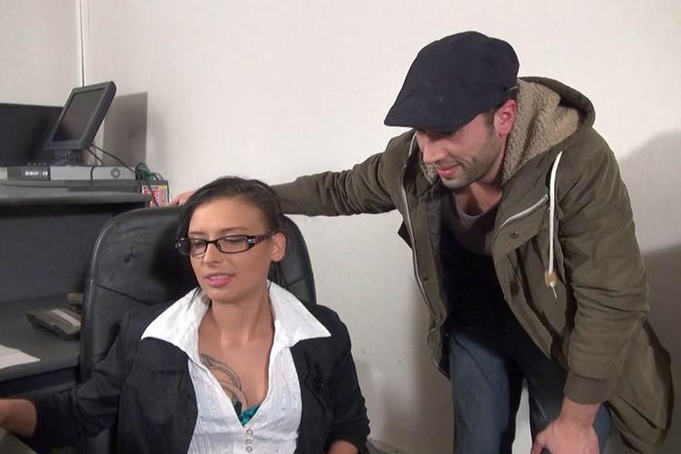Free sex videos couples windows voyeur-3823