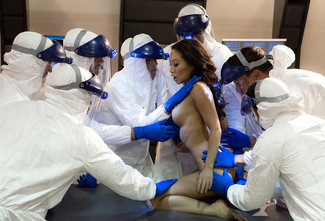 Sexbots: Programmed For Pleasure Trailer ansehen
